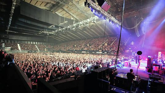 63135-640x360-elbow_wembley_arena_640